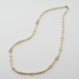 CHANEL - Pearl Necklace