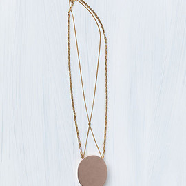 CELINE - SIGNET NECKLACE IN BRASS ROSE GOLD