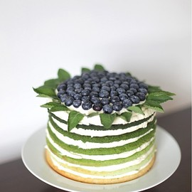 DU ABU - BLUEBERRY GRADATION CAKE