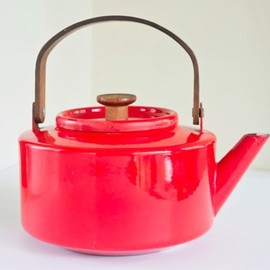 Copco Kettle - Vintage Mid Century Modern Red Enamel Copco Kettle designed by Michael Lax 1960s