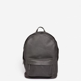 PB0110 - ca6-backpack-grey-leather
