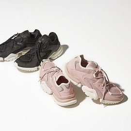 Reebok - Reebok x BARNEYS NEW YORK RUN.R 96