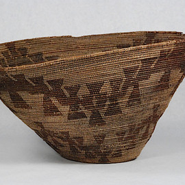 California Maidu Indian Basket pre-1800