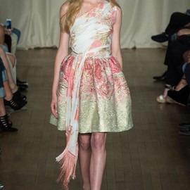 marchesa - Spring 2015 Ready-to-Wear Marchesa Model Kat Siegmund