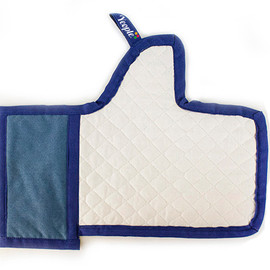 Yeople - the Facebook Like Oven Mitt