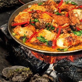 Paella pans are incredibly light (but large)