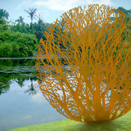Singapore - Sotheby's presents Zadok Ben-David at the Singapore Botanic Gardens