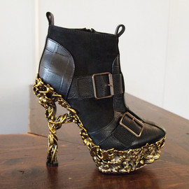 Alexander McQueen - Ankle boot with floral heel