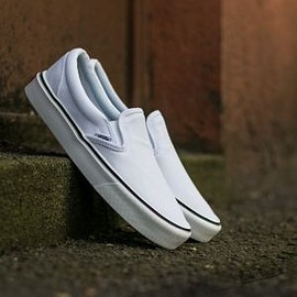 VANS - Vans Slip-On Lite + (Canvas) True White
