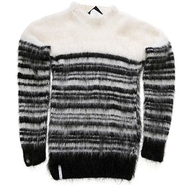AKA SIX fragment design - SCRAP MOHAIR JUMPER/white-black