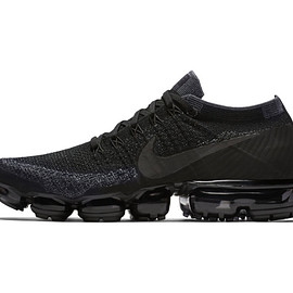 NIKE - NIKELAB AIR VaporMax (Triple Black)