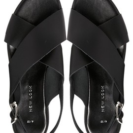 new look - New Look Institute Leather Cross Over Flat Sandals