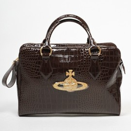 Vivienne Westwood - Patent Crocodile Holdall in Marrone
