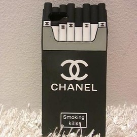 CHANEL - iPhone5 CASE