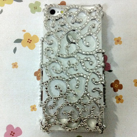 Casemoda - New Chic Glam Bling Sparkle All Rhinestones Silver Vintage Swiral iPhone Case