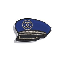 CHANEL - brooch