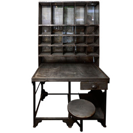 Mantiques Modern - French Mail Sorter Desk