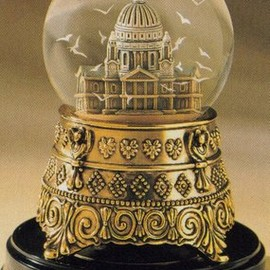 "the movie""Mary Poppins"" - Mary Poppins St Paul's Cathedral Snowglobe"