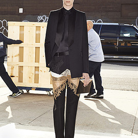 GIVENCHY - Pre-Fall 2013 Look5