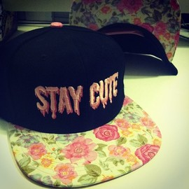 Tokyo Hardcore - STAY CUTE PINK FLORAL SNAPBACK
