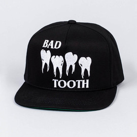 Bad tooth - 帽子