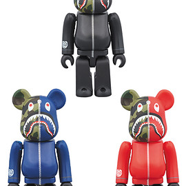 MEDICOM TOY - 1st CAMO SHARK BE@RBRICK 100%