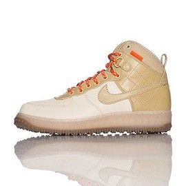 NIKE - AIR FORCE ONE DUCK BOOT