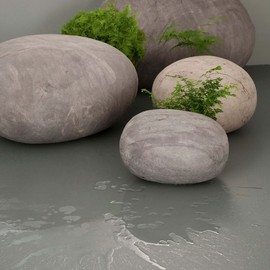 Ronél Jordaan  - Felted Rock Cushions