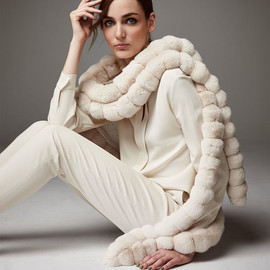 Loro Piana - Loro Piana Oval Chinchilla Fur Crystal Wrap