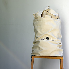 SILVER AND GOLD GENERAL - Market Tote – Canvas