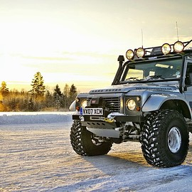 Land Rover - Defender Big Foot by Land Rover SVO
