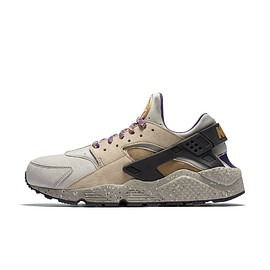 NIKE - Air Huarache Run Premium - Linen/Golden Beige/Black/Court Purple