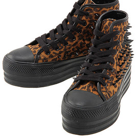 UNIF - UNIF Spike-studded