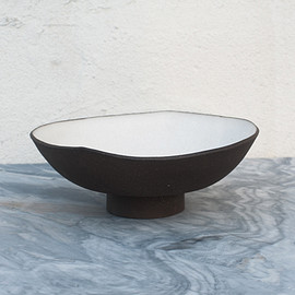 mondays - blue hill footed bowl