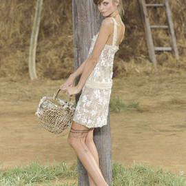 CHANEL - back to nature