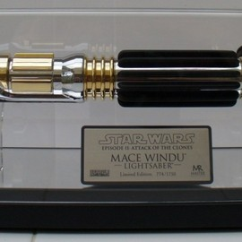 Master Reprica - Mace Windu Lightsaber Attack of the Clones - Limited Edition