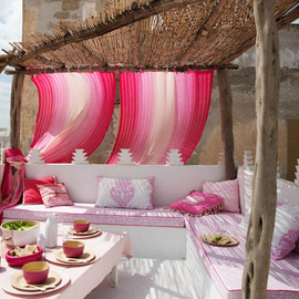 outdoor dining - gardenpink