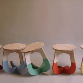 Designer: Fabsie - This Stool Rocks!