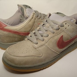 NIKE SB - Nike Dunk Low Pro SB - Grits (grit / team red)