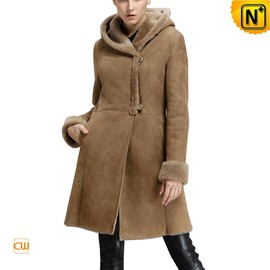 CWMALLS - Knee Length Hooded Shearling Coat for Women CW640239