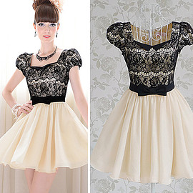 Fashion Lace Spliced Bowknot High Waist Puff Sleeve Dress