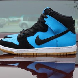 NIKE SB - NIKE SB DUNK HIGH PRO BLUE HERO/BLACK-GUM LIGHT BROWN