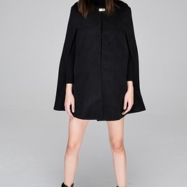 FrontRowShop - Cape coat with mental buckle