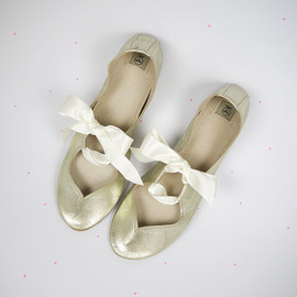 elehandmade - Heart Shaped Soft Gold Leather Handmade Ballet Flats