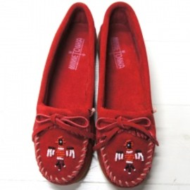 MINNETONKA - MINNETONKA #ThunderbirdII Cherry Red(チェリーレッド)