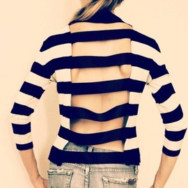 street - Striped shirt