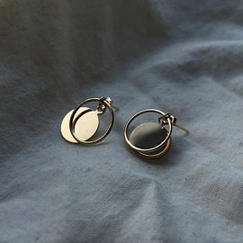 Le Bleu - CIRCLE RING EARRING