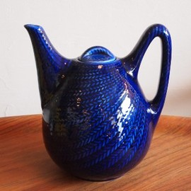 Rörstrand - Bla Eld Tea pot by Hertha Bengtson