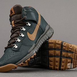 NIKE SB, Poler - Dunk High OMS – Black Spruce / Ale Brown