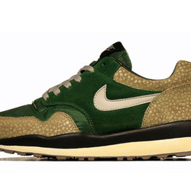Nike - Nike Air Safari Vintage Sneakers Fall 2012